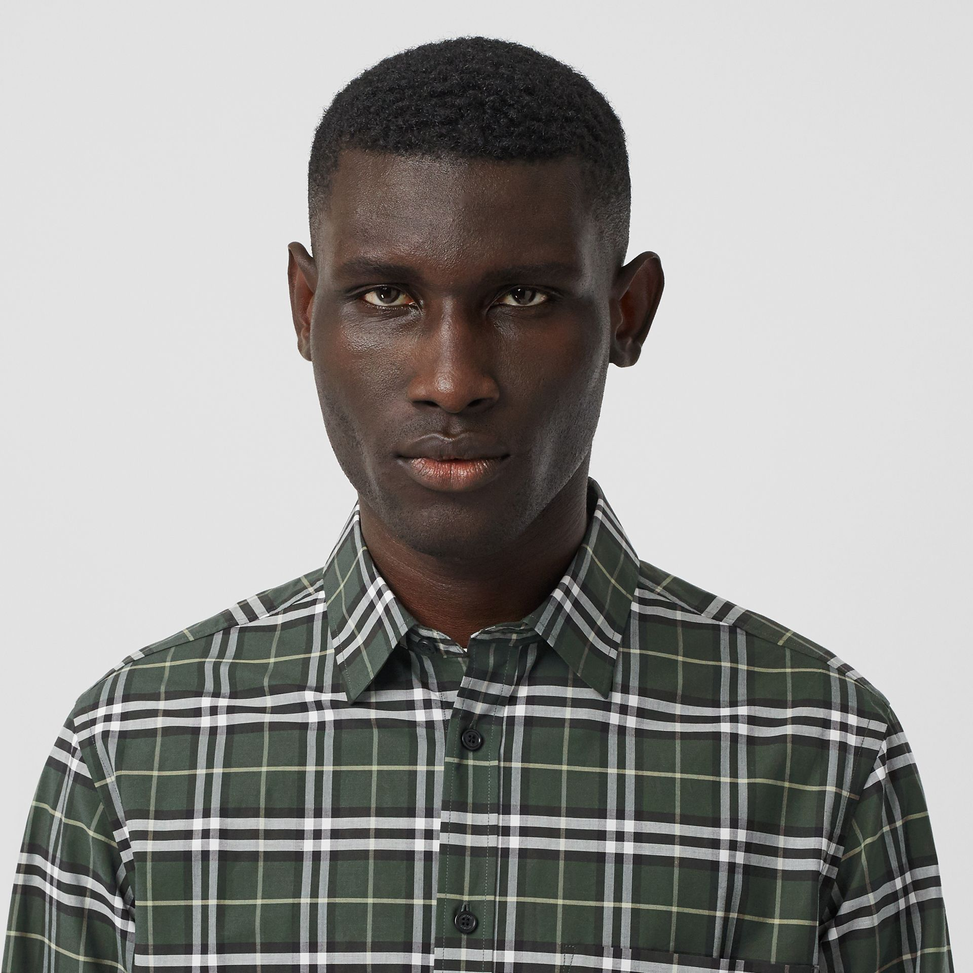 Small Scale Check Stretch Cotton Shirt in Seaweed - Men | Burberry United Kingdom - gallery image 1