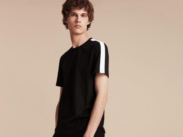 Noir T-shirt en coton avec rayure à l'épaule Noir - cell image 4