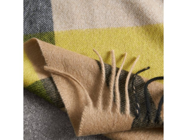 Oversize Check Cashmere Scarf in Bright Lemon | Burberry - cell image 1
