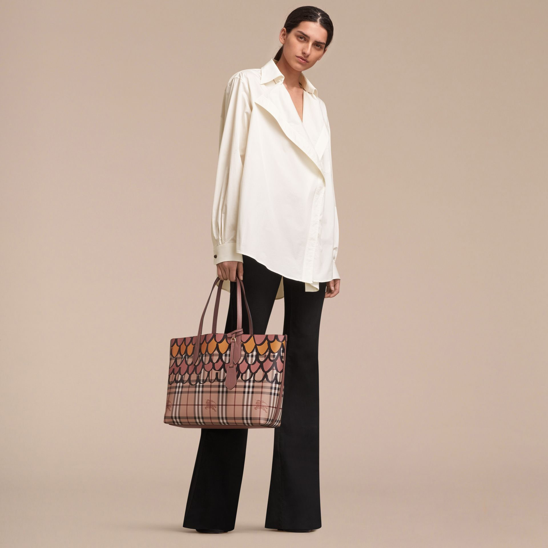 The Medium Reversible Tote in Trompe L'oeil Print - Women | Burberry - gallery image 3