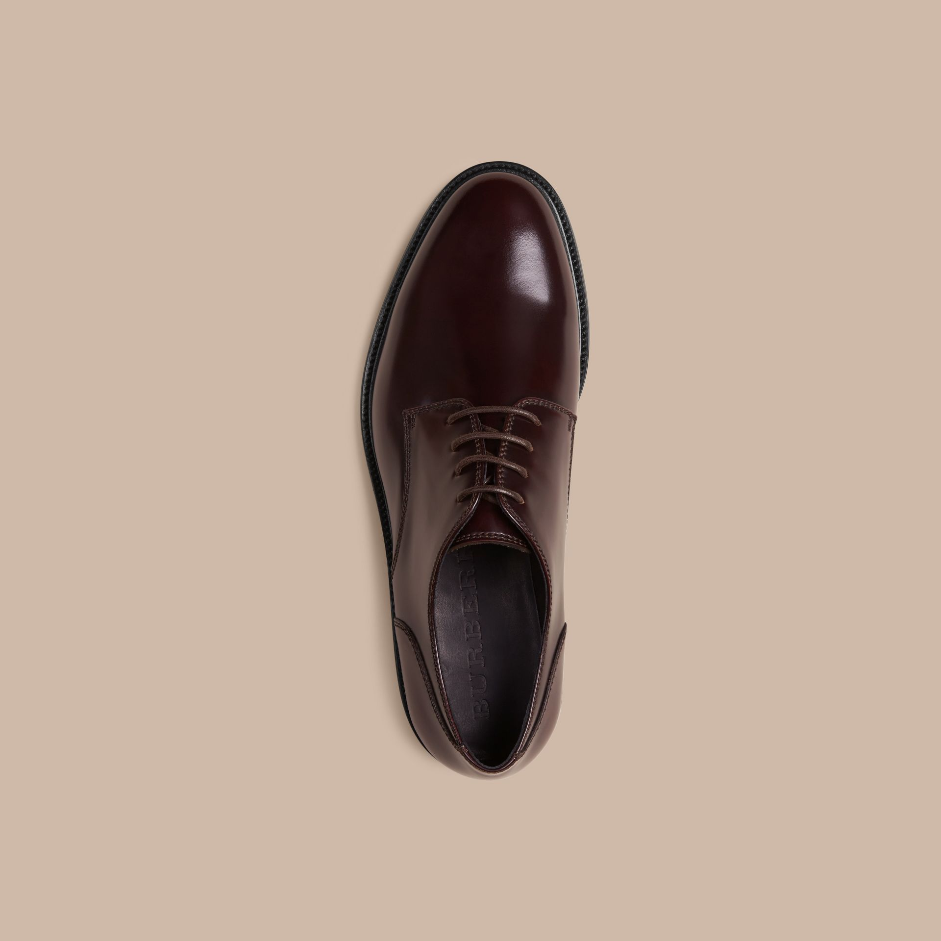 Oxblood Chaussures de style derby en cuir Oxblood - photo de la galerie 3