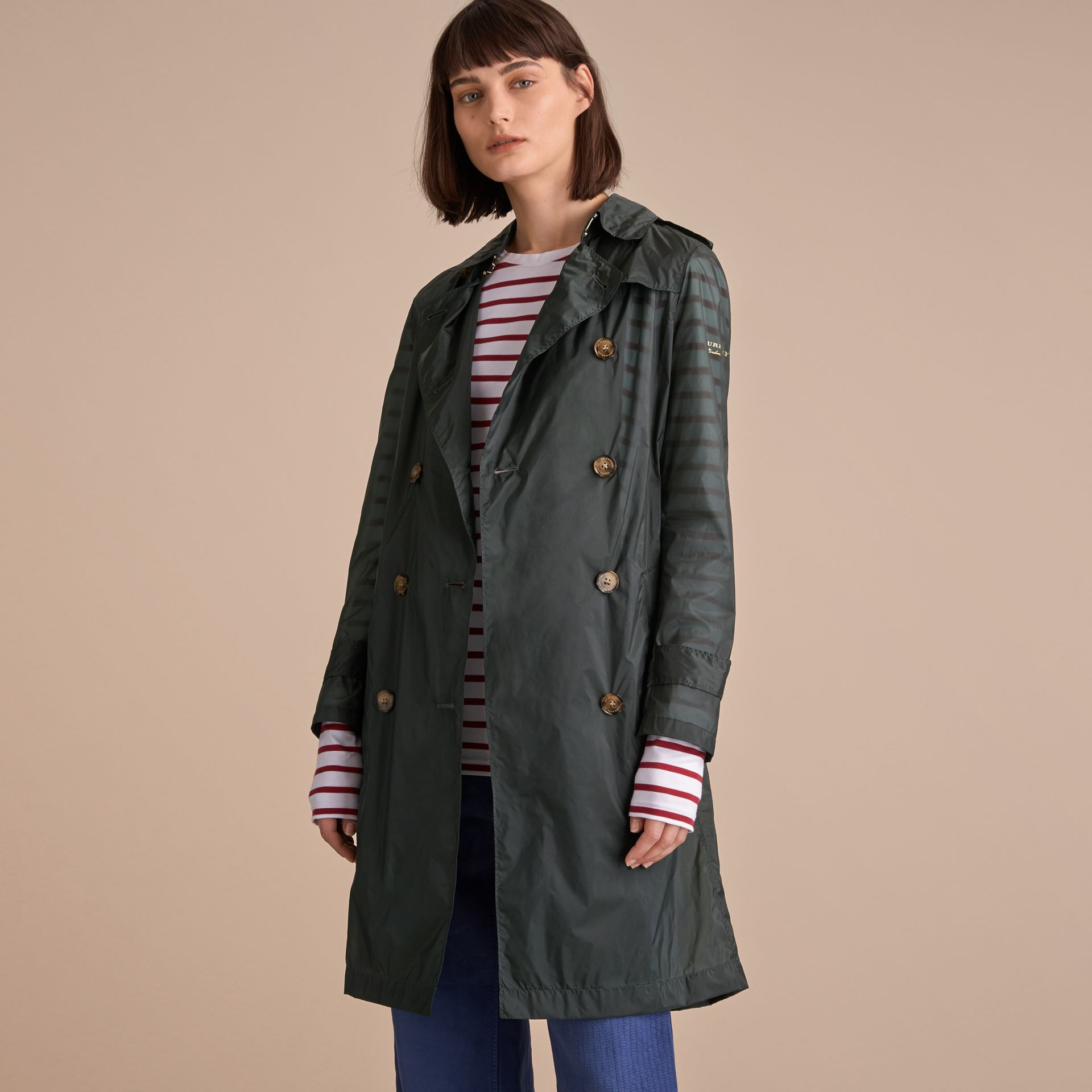 Super-lightweight Trench Coat in Vintage Green - Women | Burberry - gallery image 7