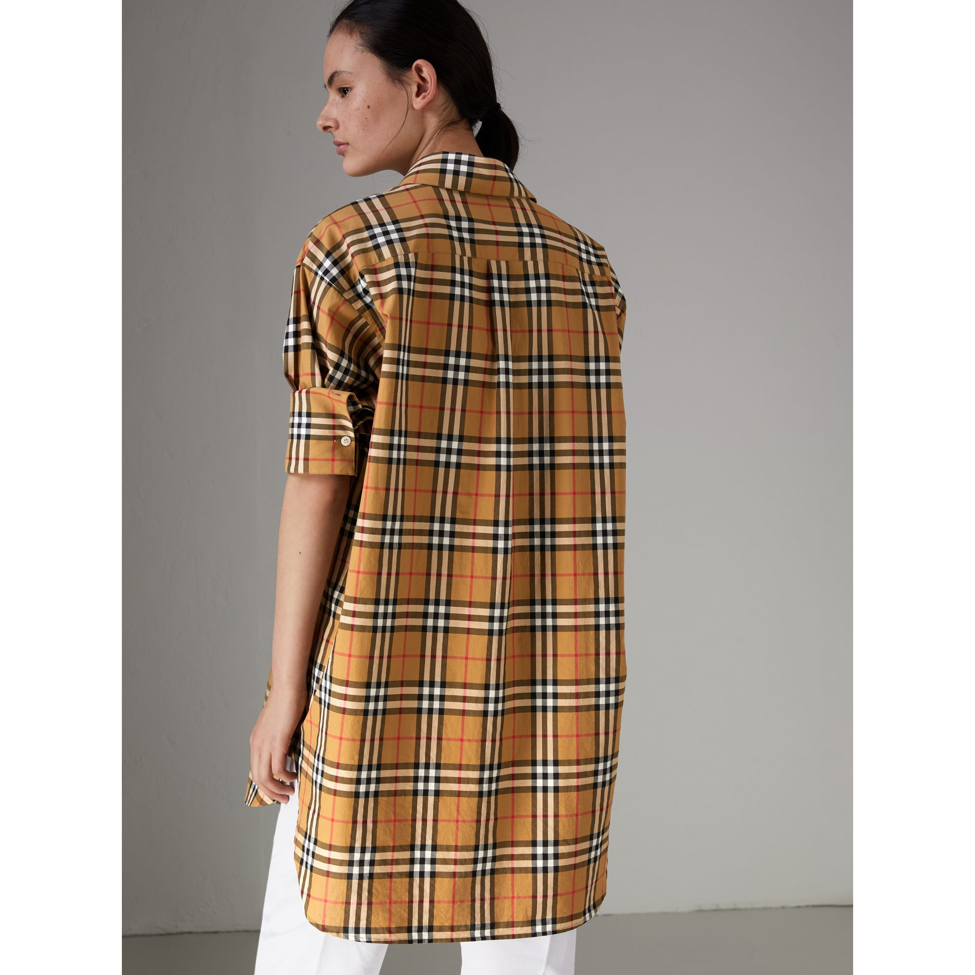 Chemise en coton à motif Vintage check (Jaune Antique) - Femme | Burberry - photo de la galerie 2