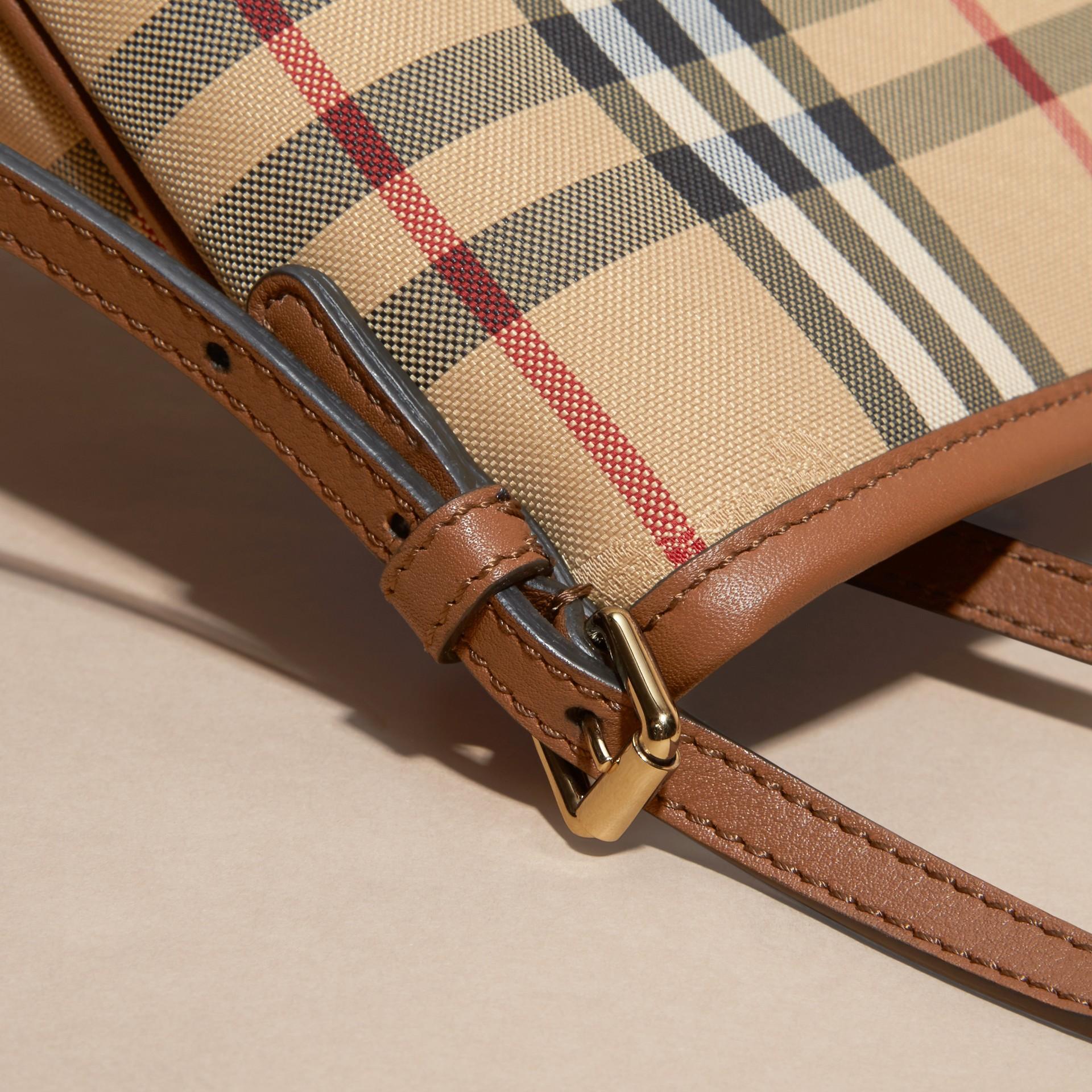 Miel/hâle Mini sac The Canter avec motif Horseferry check Miel/hâle - photo de la galerie 2