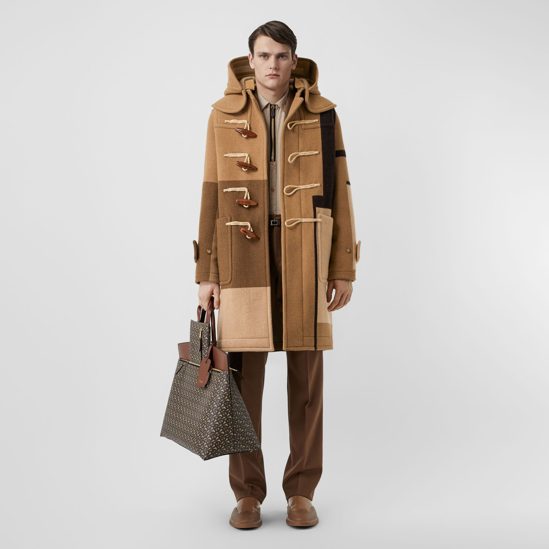 패널 울 더플 코트 (웜 카멜) - 남성 | Burberry - 갤러리 이미지 0