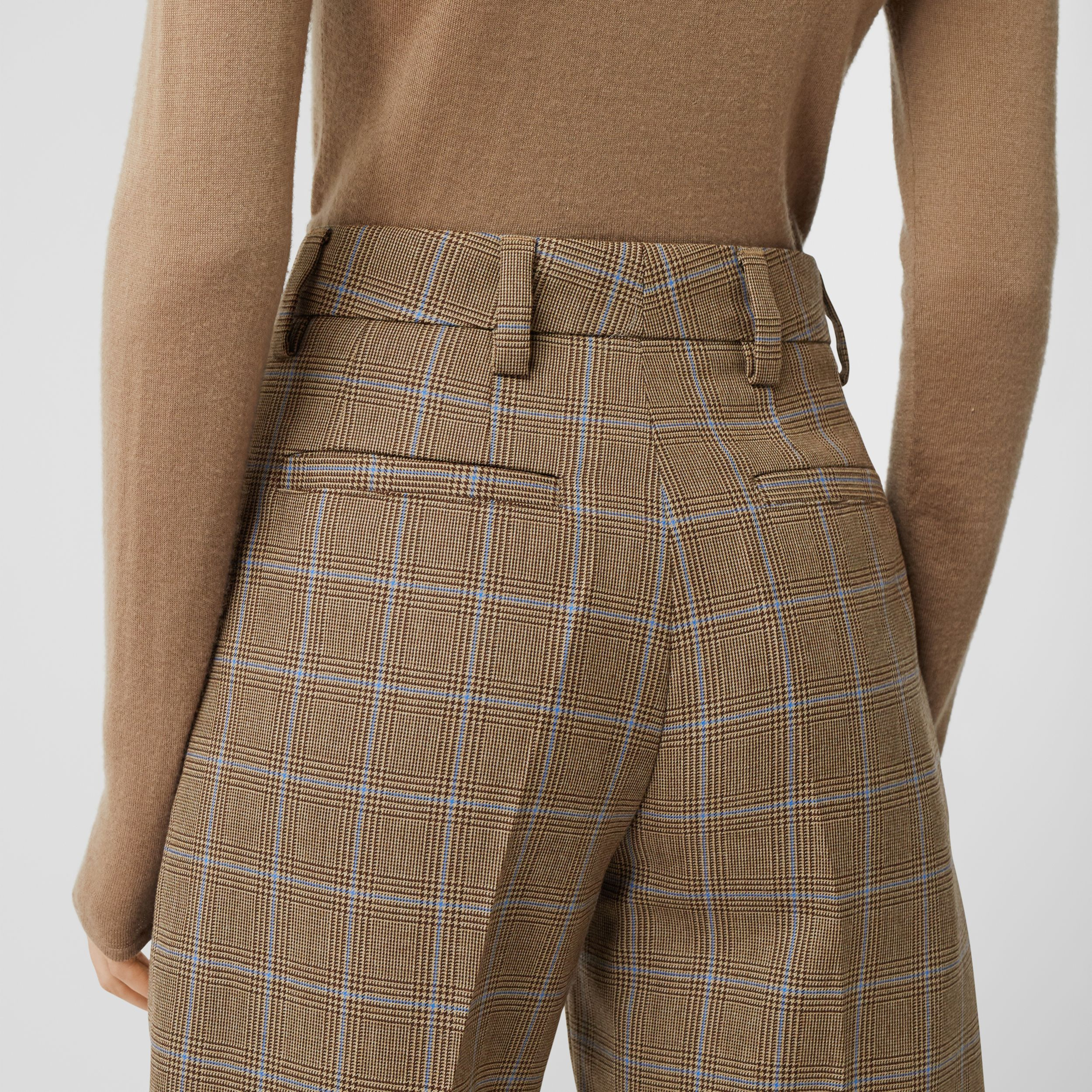 Pocket Detail Prince of Wales Check Wool Shorts in Birch Brown - Women | Burberry - 2