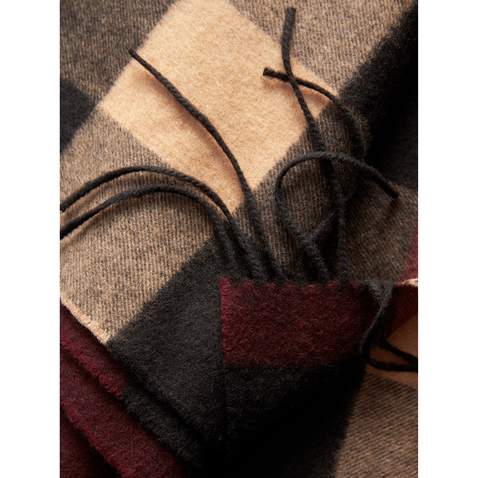 Oversize Check Cashmere Scarf in Claret | Burberry - gallery image 4