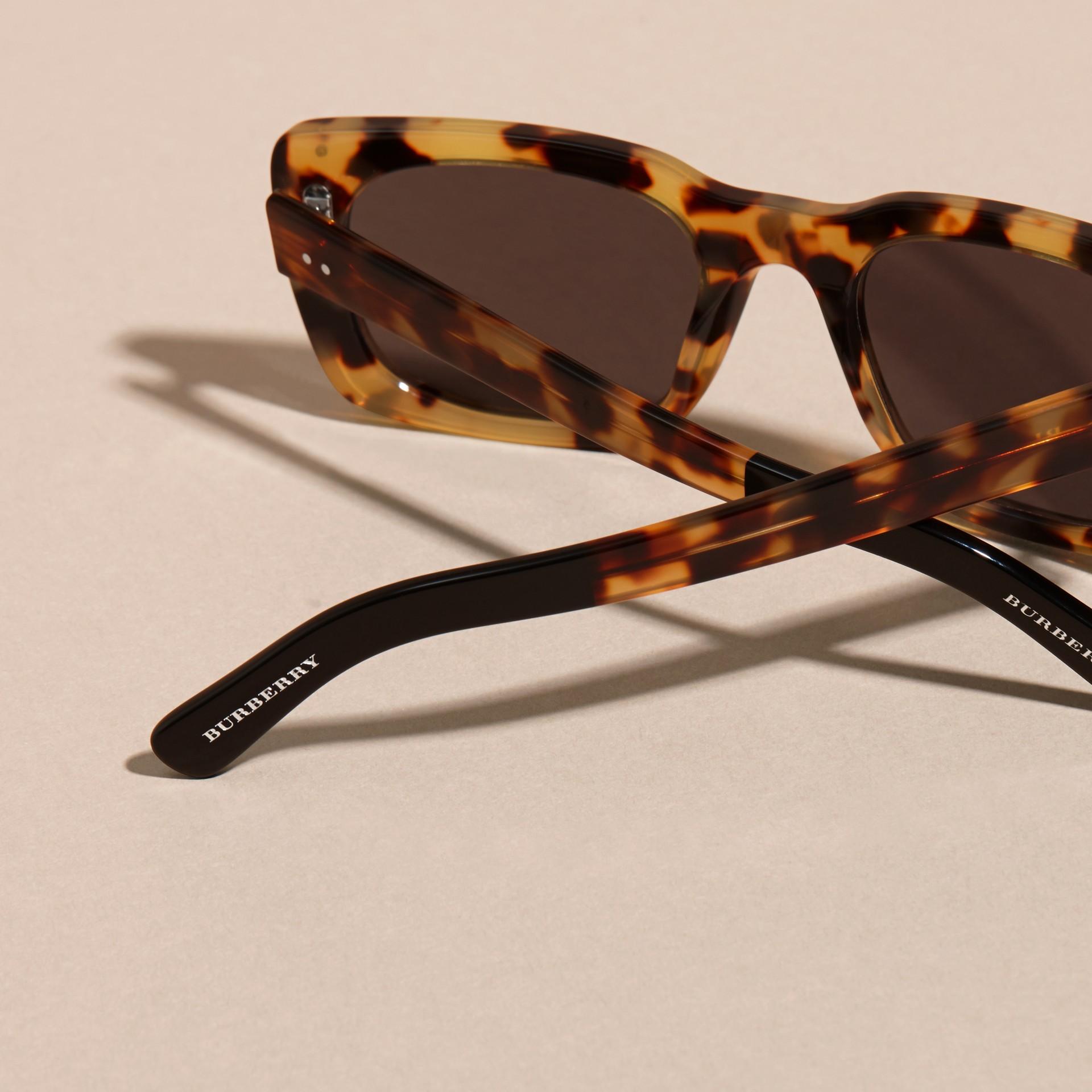 Ambra tartarugato Occhiali da sole con montatura quadrata Ambra Tartarugato - immagine della galleria 4