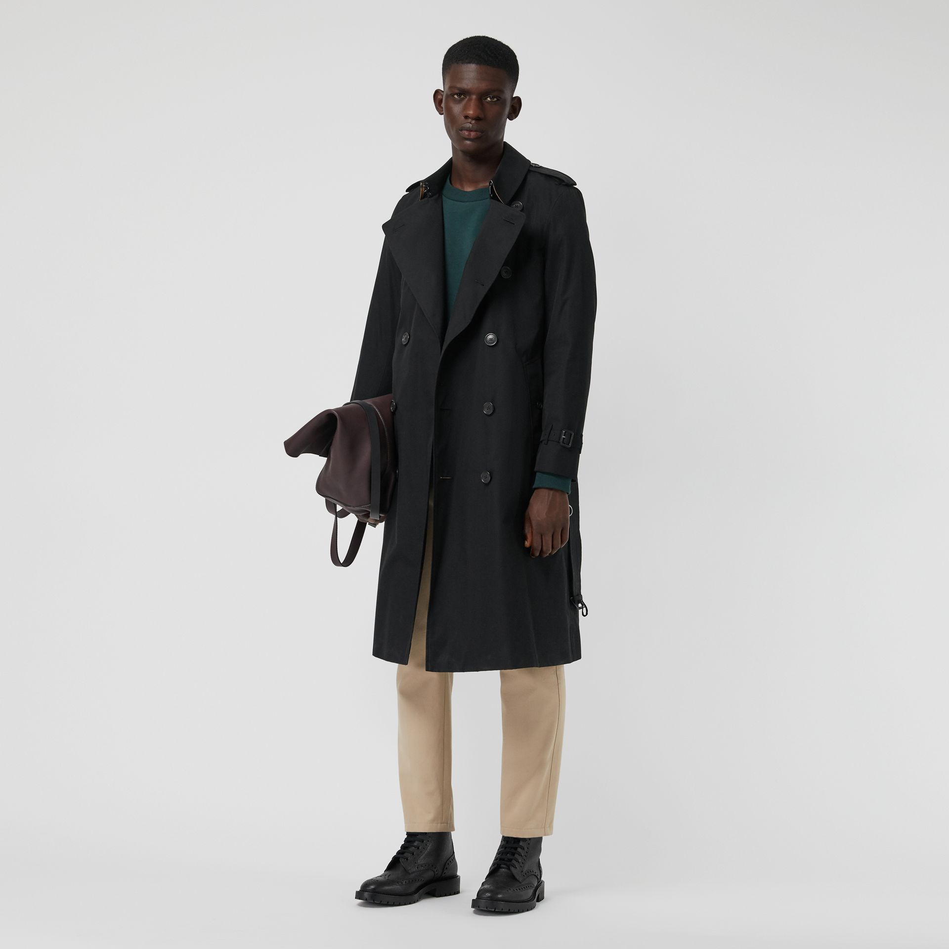 The Long Chelsea Heritage Trench Coat in Black - Men | Burberry Singapore - gallery image 0