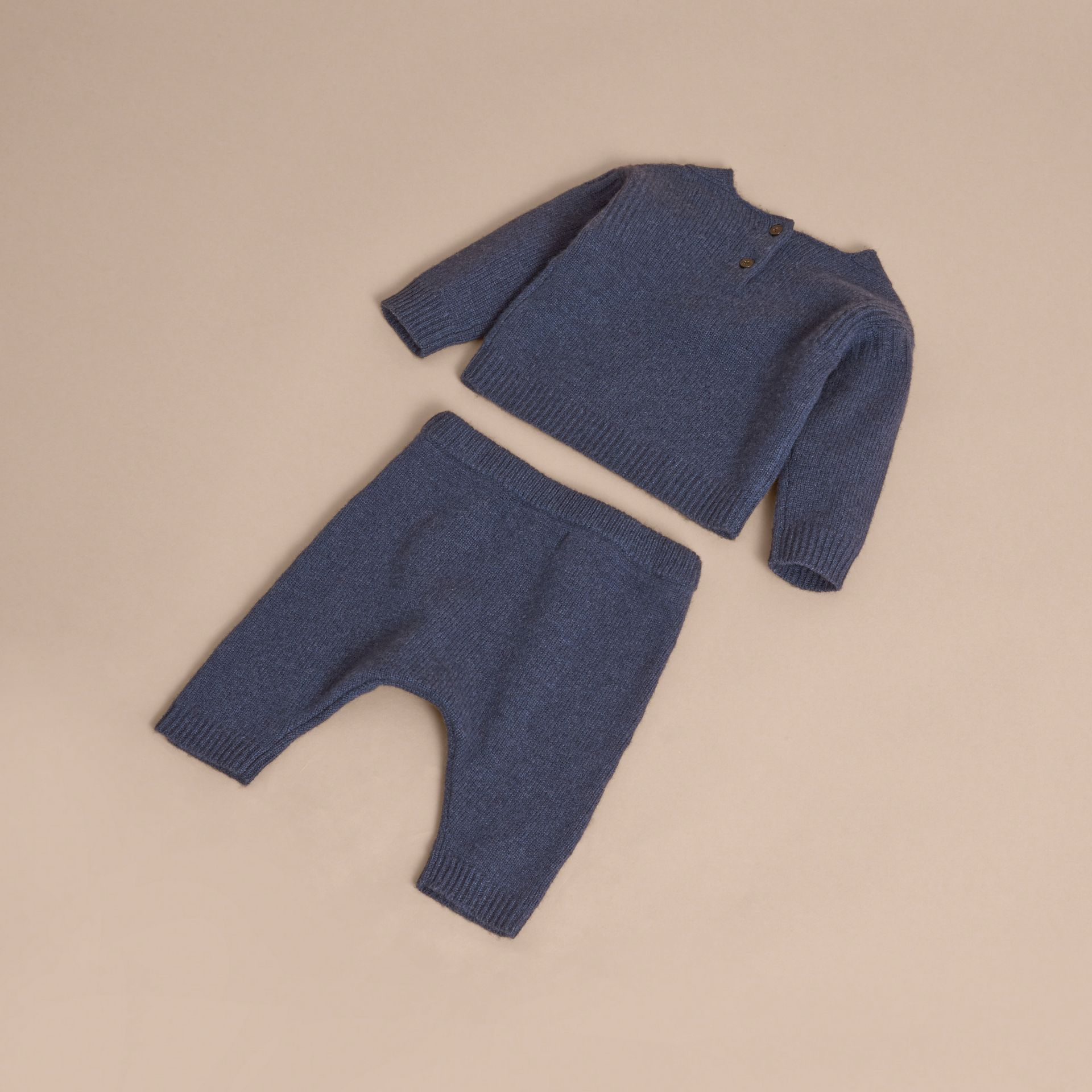 Cashmere Two-piece Baby Gift Set in Mineral Blue | Burberry - gallery image 3