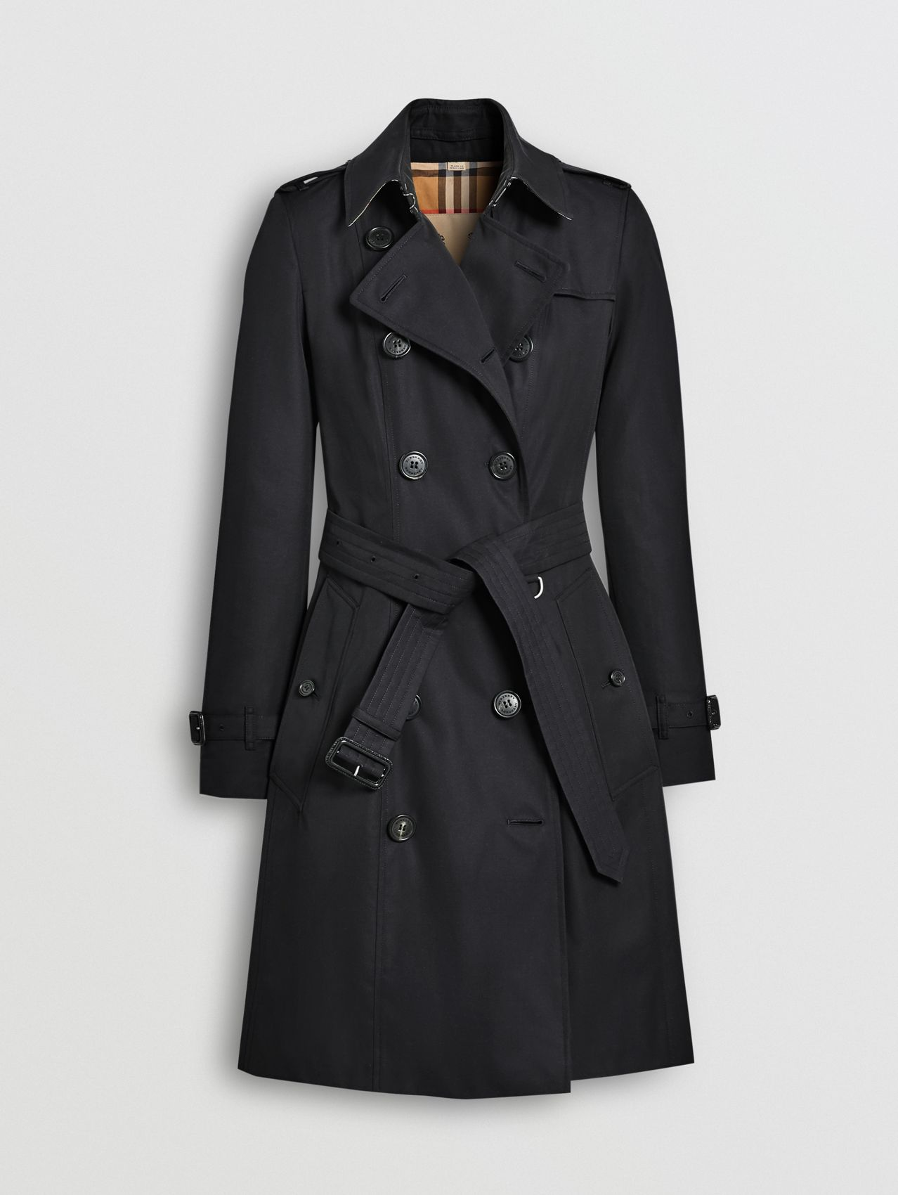 The Mid-length Chelsea Heritage Trench Coat in Midnight