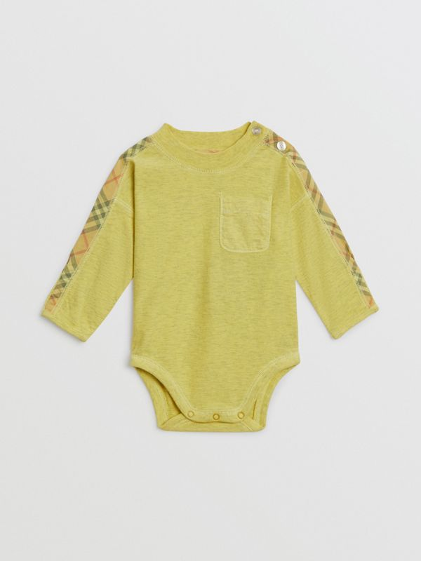 Check Cotton Three-piece Baby Gift Set in Multicolour - Children | Burberry United Kingdom - cell image 2