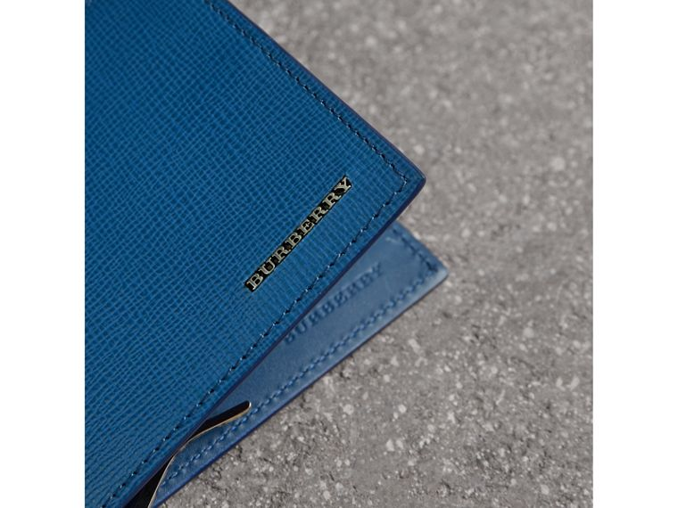 London Leather Money Clip Card Wallet in Deep Blue - Men | Burberry United Kingdom - cell image 1