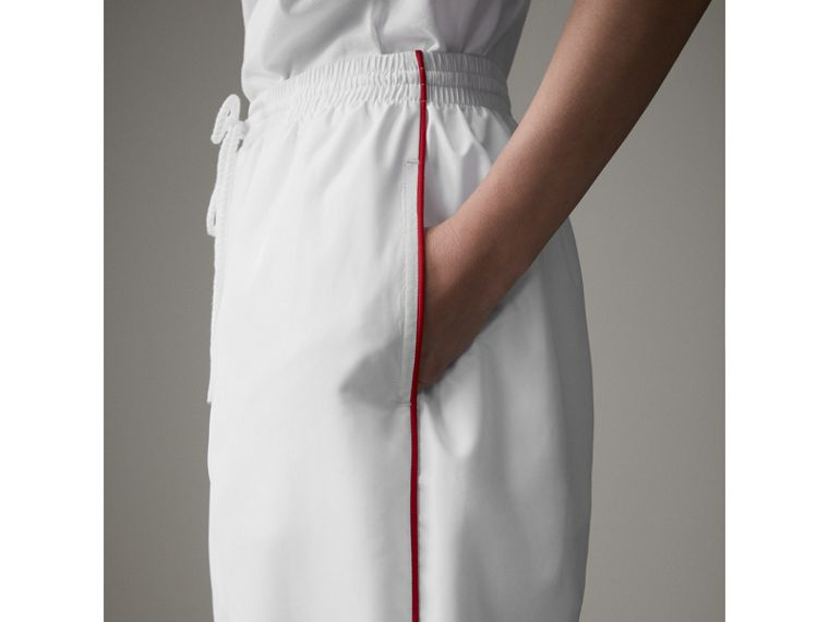 Contrast Piping Poplin Track Pants in White - Women | Burberry Singapore - cell image 4