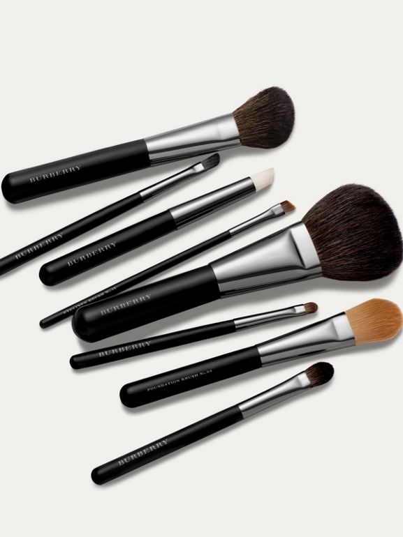 Medium Eye Shadow Brush No.12 - Women | Burberry Hong Kong - cell image 1