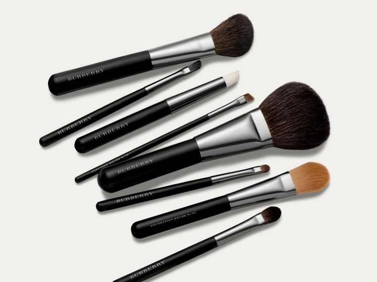 Medium Eye Shadow Brush No.12 - Women | Burberry United Kingdom - cell image 1