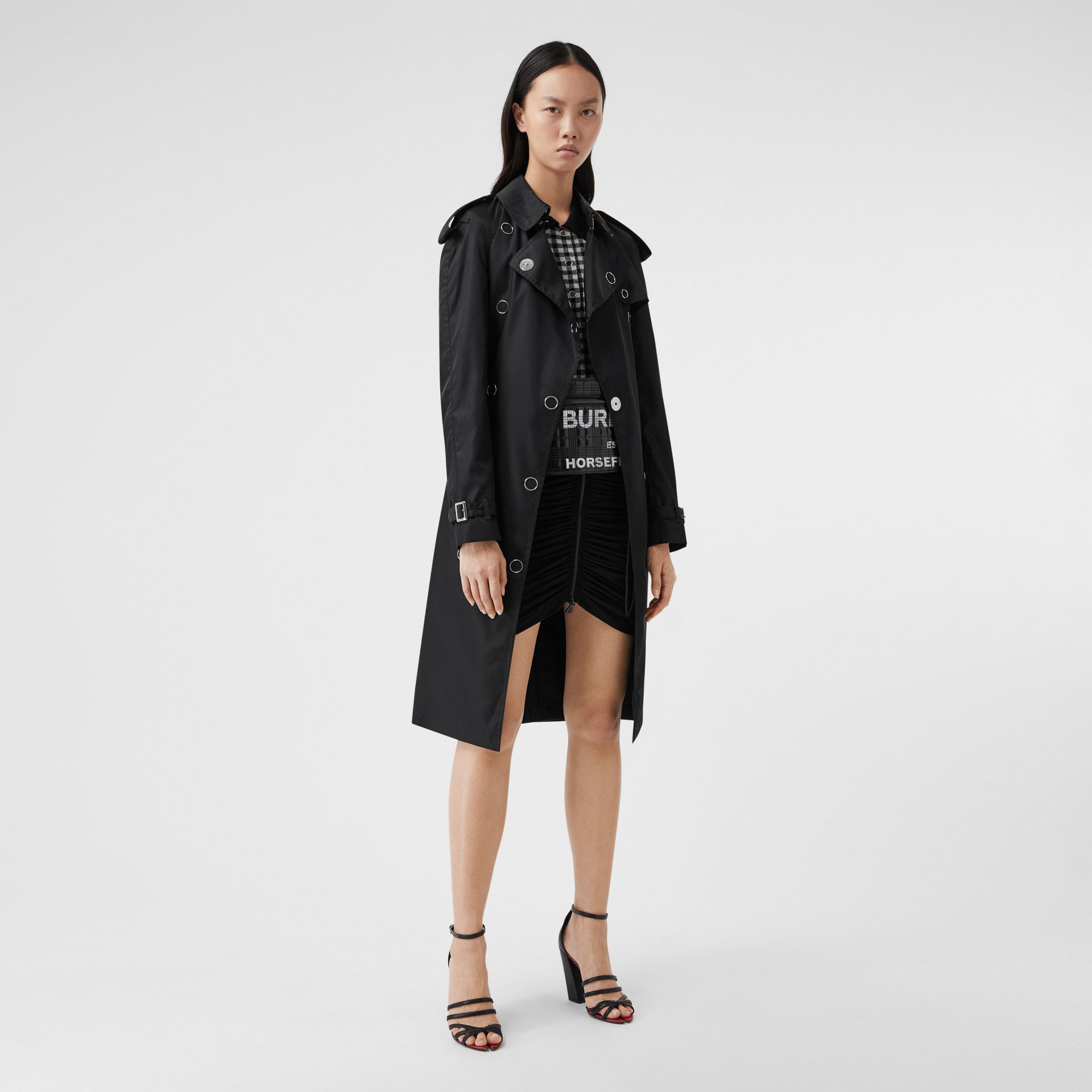 Press-stud Detail ECONYL® Trench Coat in Black - Women | Burberry Canada - gallery image 6