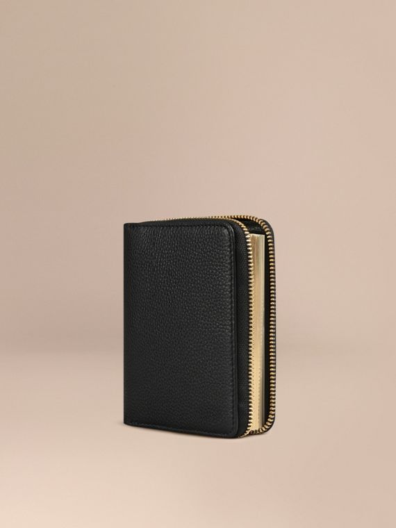 Ziparound Grainy Leather Mini Notebook Black