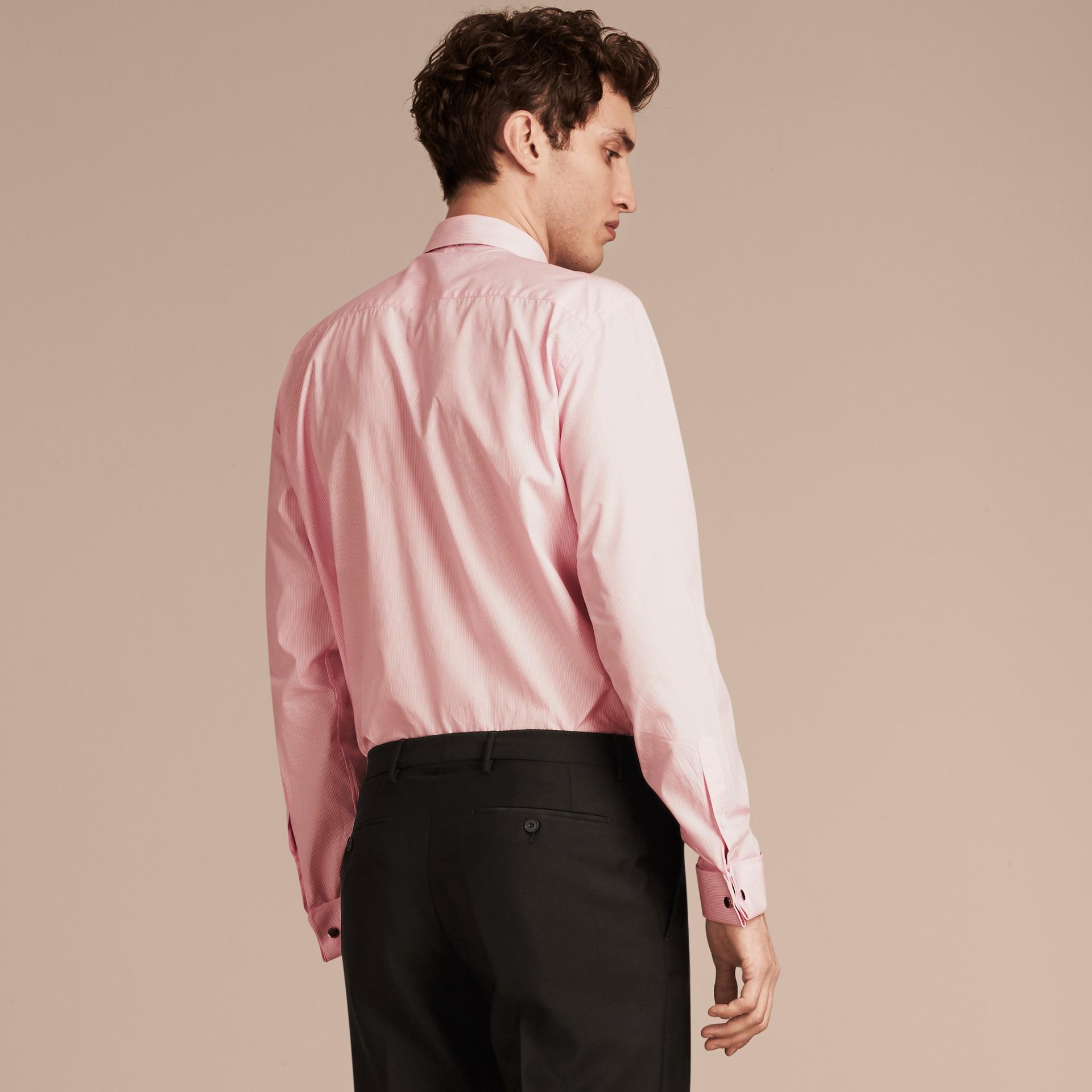 Rosa urbano Camicia moderna a righe in popeline di cotone con polsini doppi - immagine della galleria 3