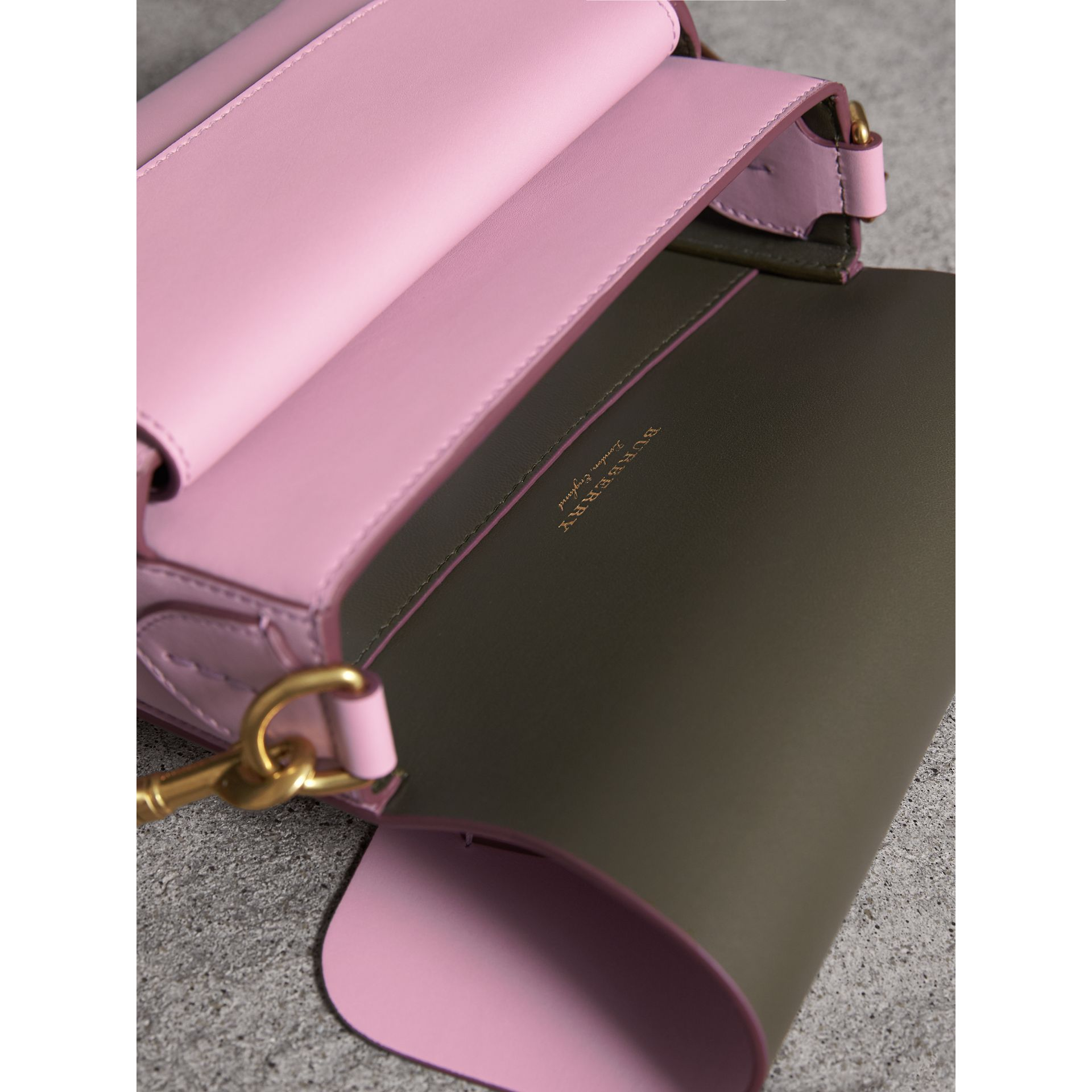The Satchel squadrata in pelle (Lavanda Pallido) - Donna | Burberry - immagine della galleria 4