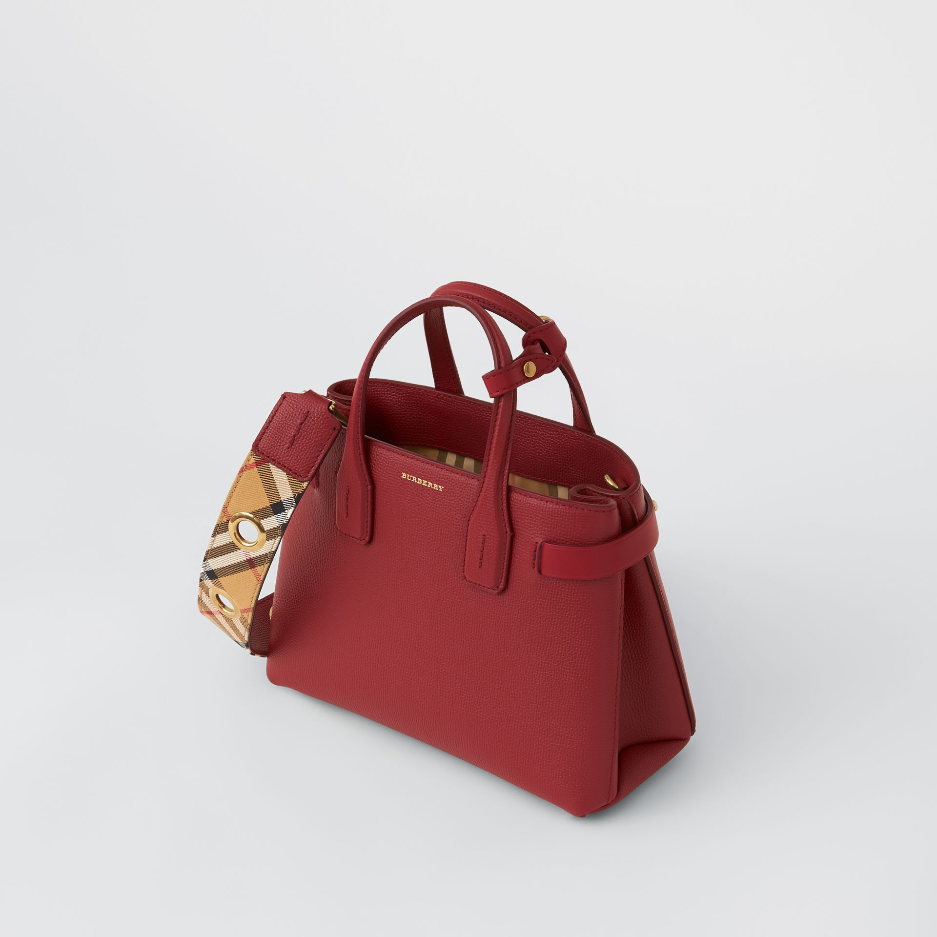 The Small Banner in Grainy Leather in Crimson - Women | Burberry United Kingdom - gallery image 2