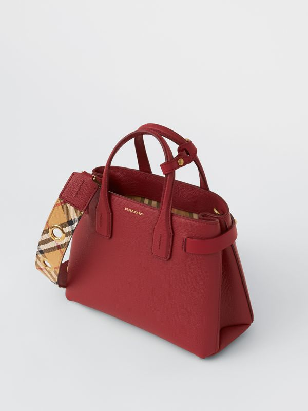 The Small Banner in Grainy Leather in Crimson - Women | Burberry - cell image 2