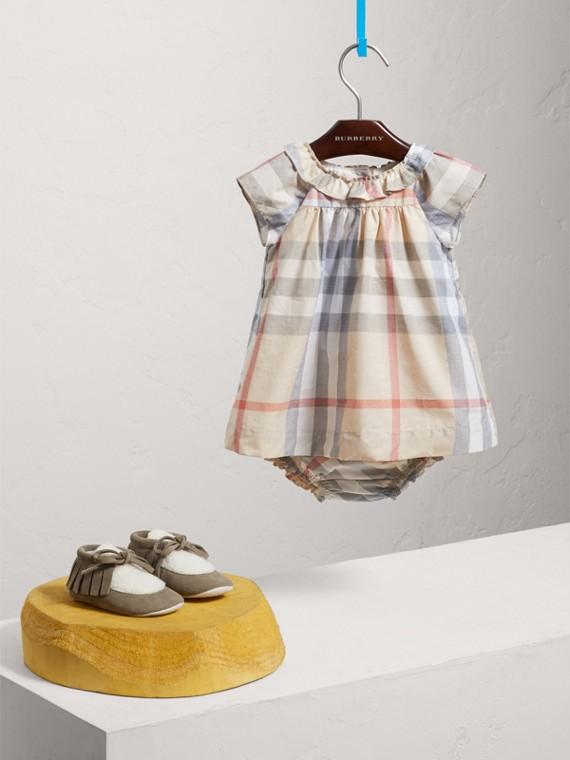 Kleid aus Baumwollpopelin mit Karomuster und Höschen (Helles Steinfarben)
