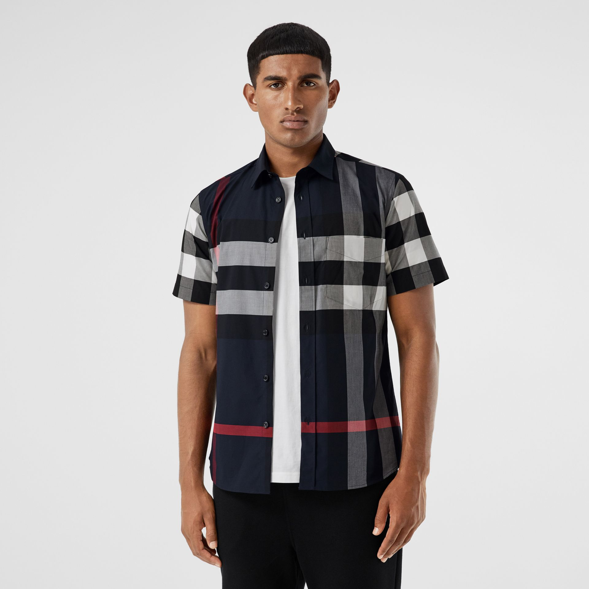Short-sleeve Check Stretch Cotton Poplin Shirt in Navy - Men | Burberry - gallery image 4