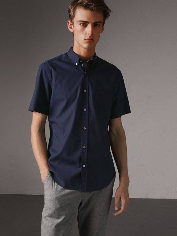 Short-sleeved Stretch Cotton Poplin Shirt in Navy