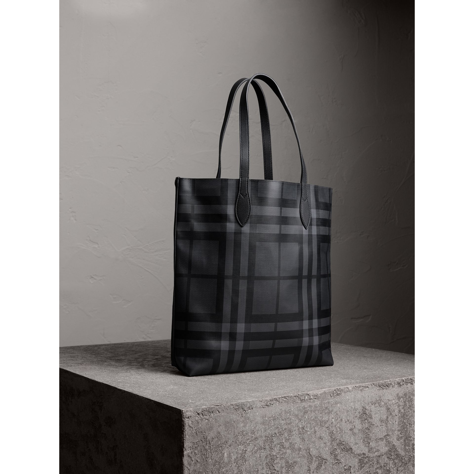 Medium London Check and Leather Tote in Charcoal/black - Men | Burberry - gallery image 5