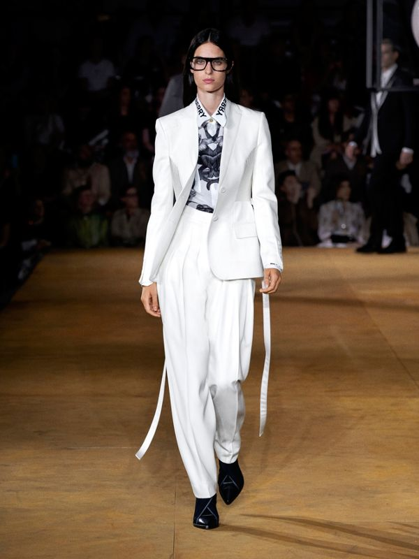 Grain De Poudre Wool Pleated Trousers in Snow - Women | Burberry United Kingdom - cell image 3