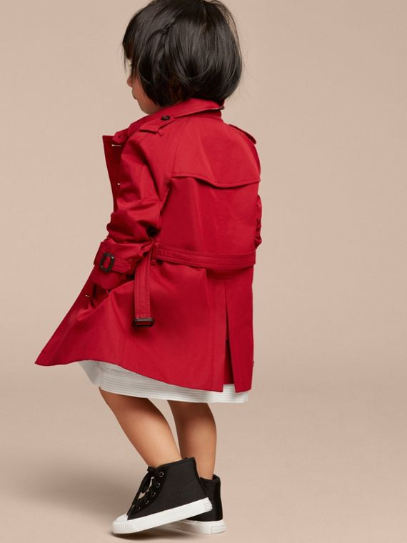 The Wiltshire – Heritage Trench Coat in Parade Red - cell image 3