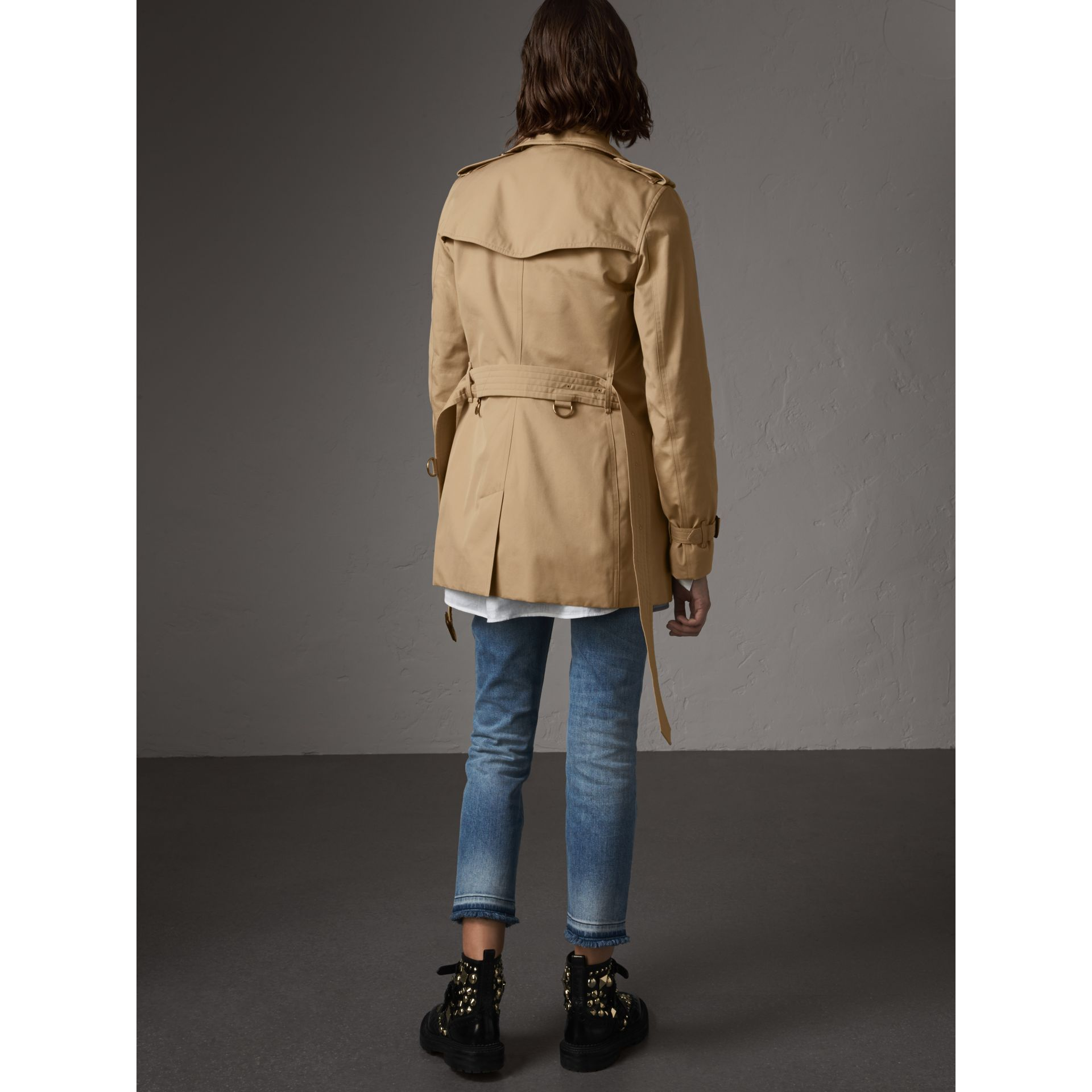 The Kensington – Kurzer Trenchcoat (Honiggelb) - Damen | Burberry - Galerie-Bild 3