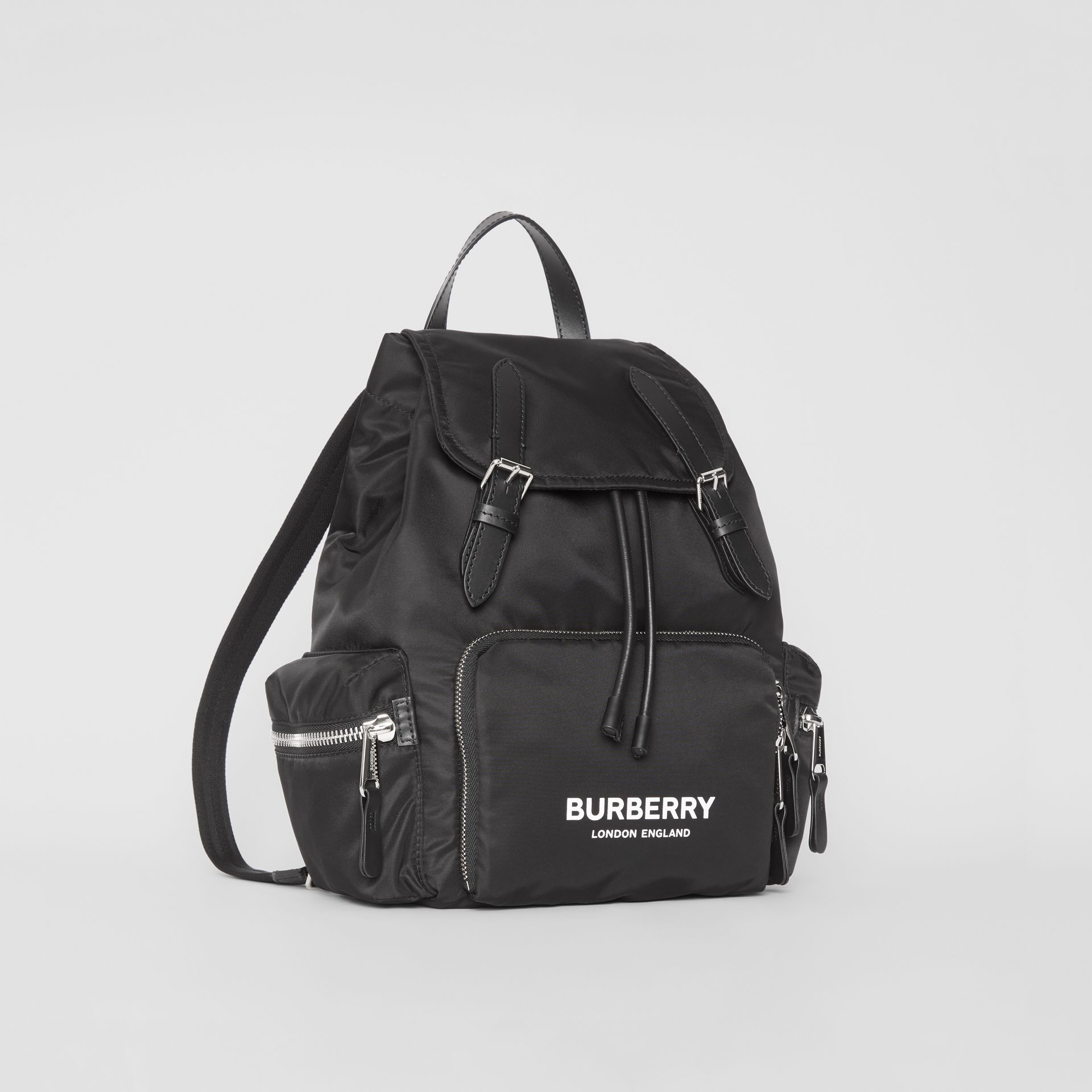Sac The Rucksack moyen en nylon technique et cuir (Noir) - Femme | Burberry Canada - photo de la galerie 5