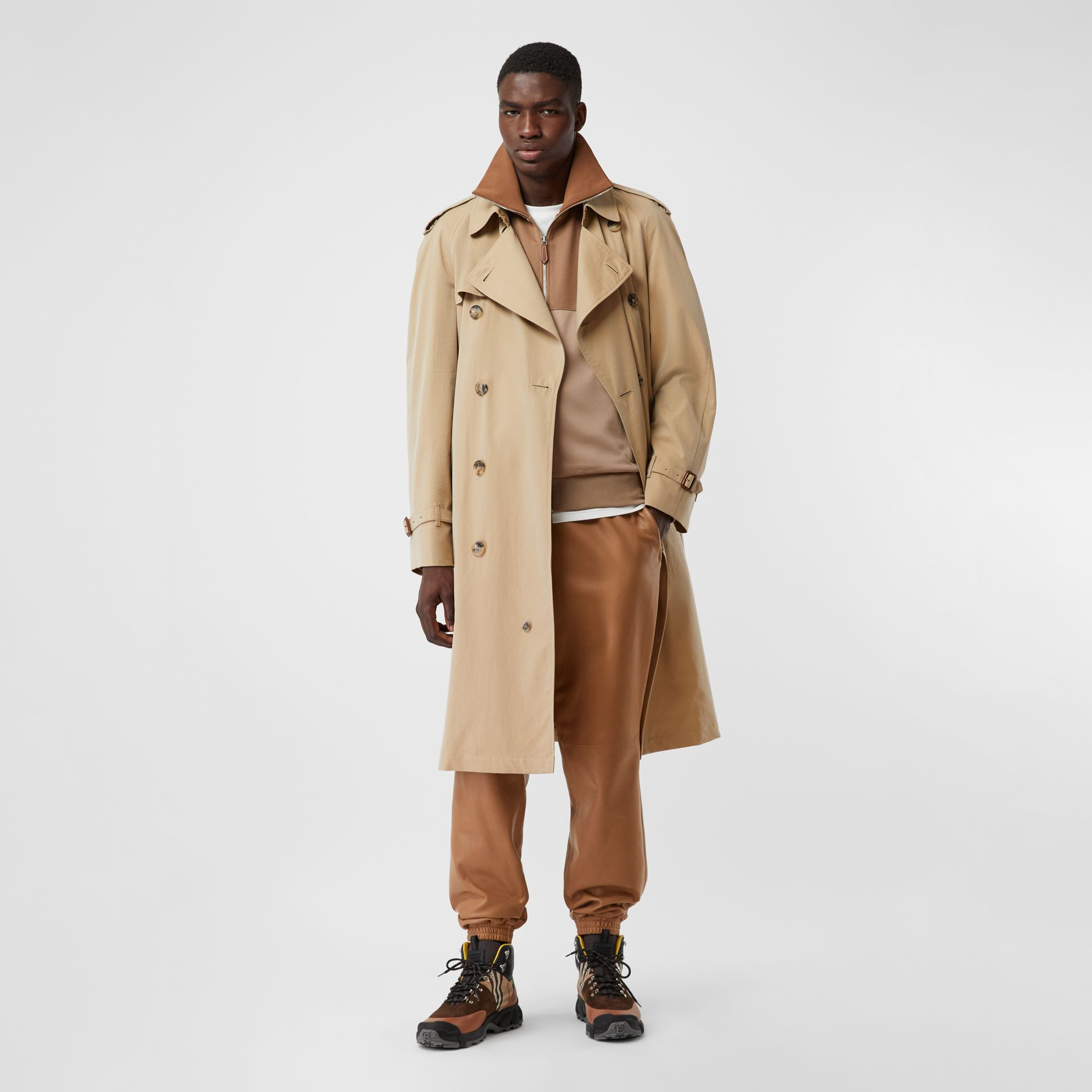 The Westminster Heritage Trench Coat in Honey - Men | Burberry Canada - gallery image 0