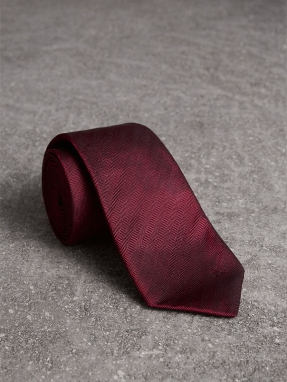 Modern Cut Silk Tie in Parade Red