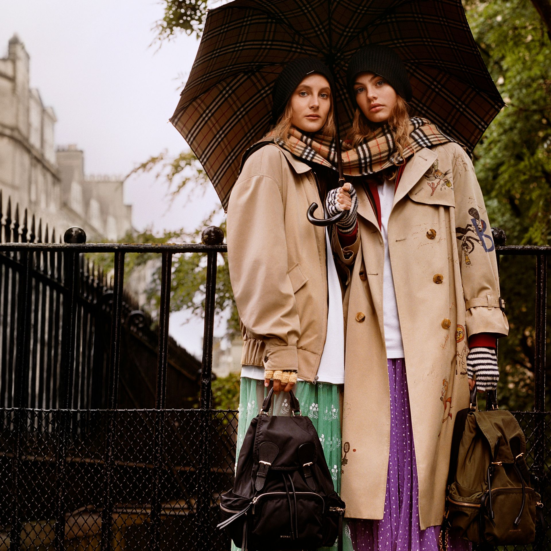 Veste Harrington en gabardine tropicale (Miel) - Femme | Burberry - photo de la galerie 8