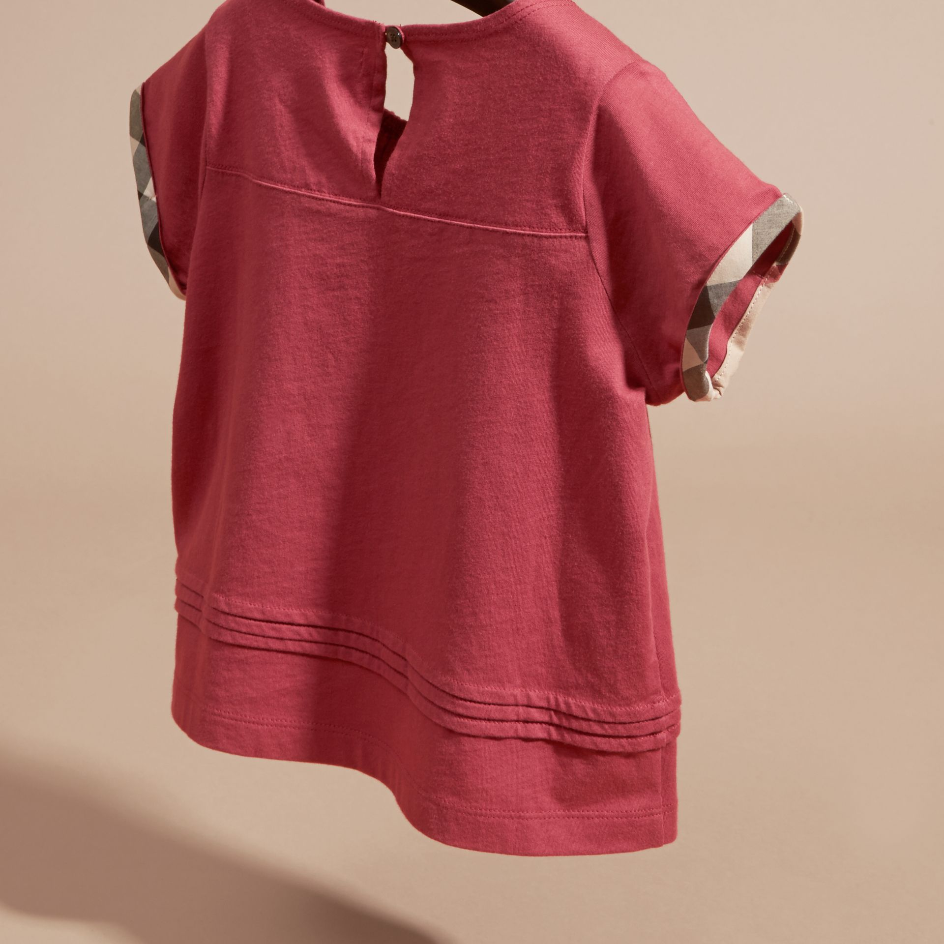 Dark plum pink Pleat Detail Check Cotton T-Shirt Dark Plum Pink - gallery image 4