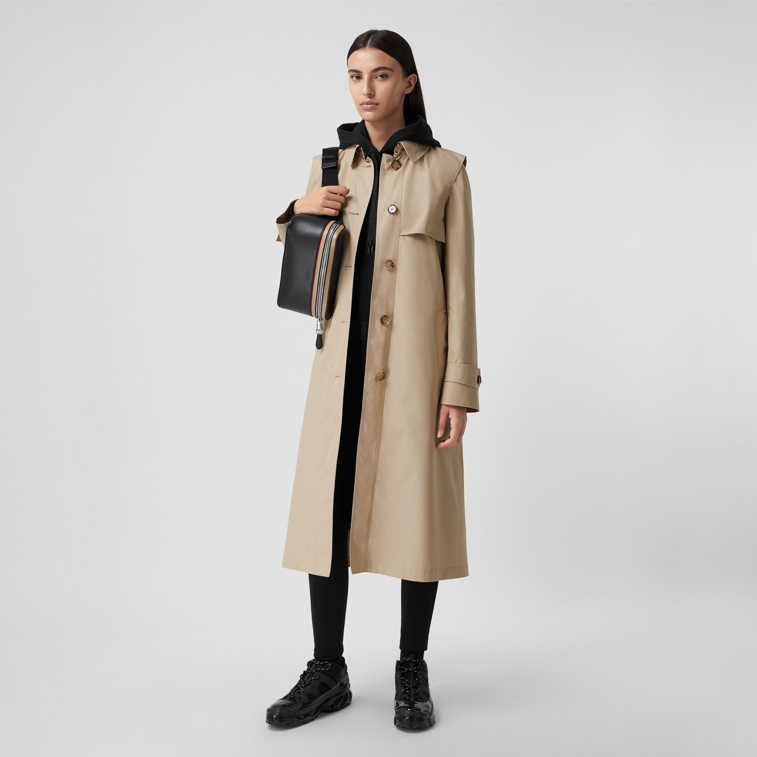 Technical Cotton Gabardine Trench Coat in Soft Fawn - Women | Burberry United Kingdom - 1
