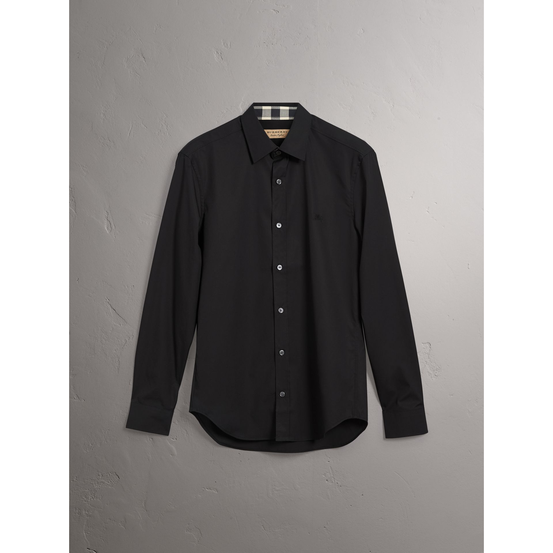 Check Detail Stretch Cotton Poplin Shirt in Black - Men | Burberry Canada - gallery image 3