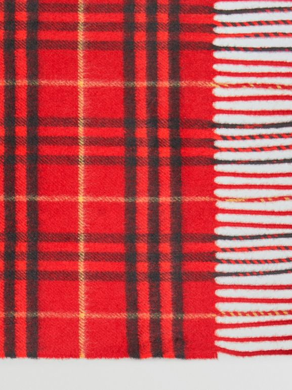The Classic Vintage Check Cashmere Scarf in Military Red | Burberry - cell image 1