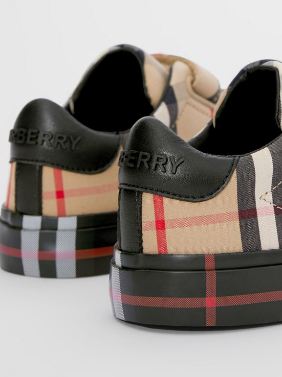 Contrast Check Cotton Sneakers in Archive Beige/black - Children | Burberry Hong Kong S.A.R - cell image 1