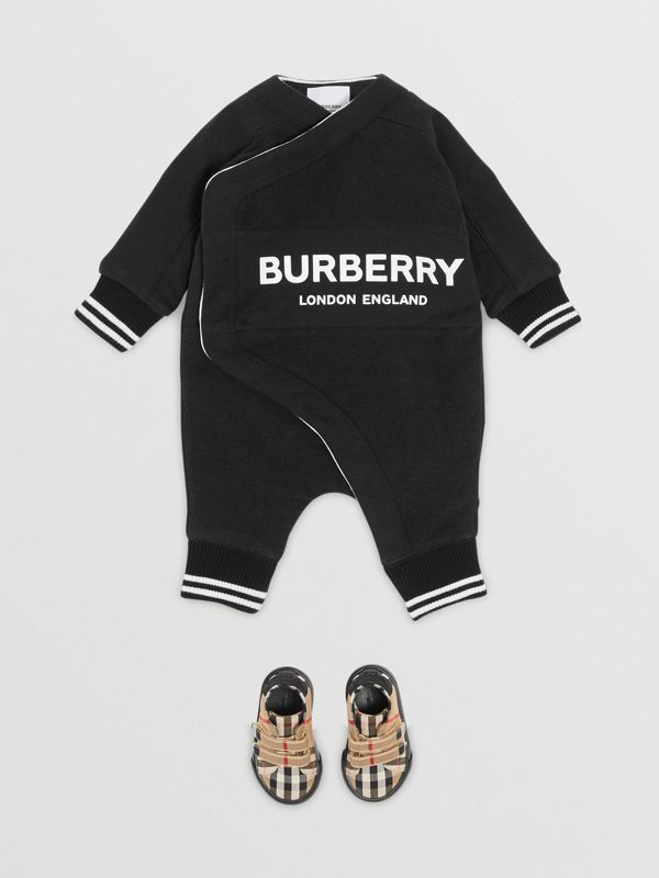 Logo Print Quilted Cotton Jumpsuit in Black - Children | Burberry United Kingdom - cell image 2