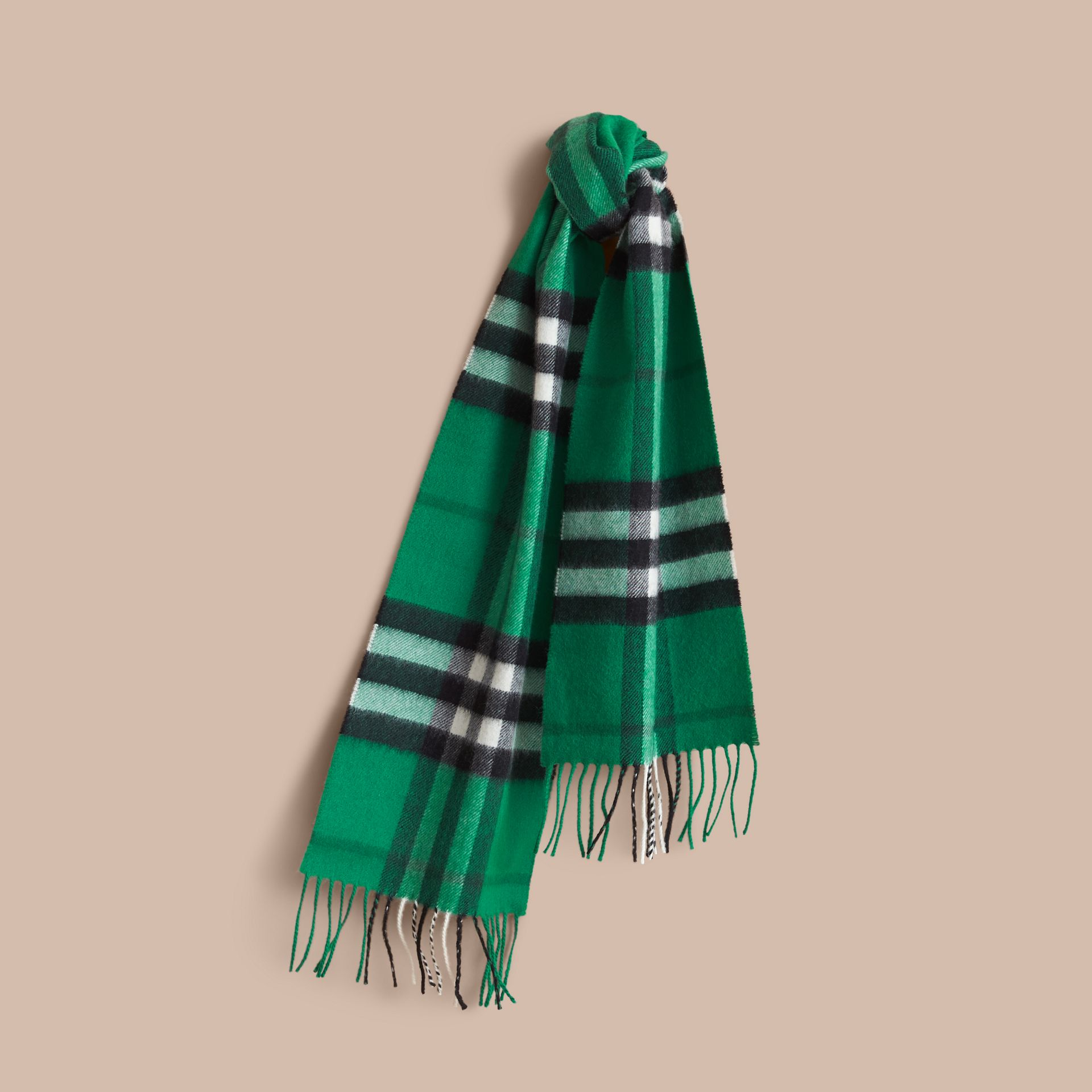 The Mini Classic Cashmere Scarf in Check in Emerald | Burberry - gallery image 1