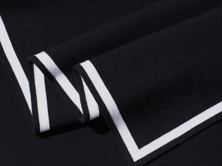 黑色/自然白 羊毛喀什米爾混紡斗篷 黑色/自然白 - cell image 1