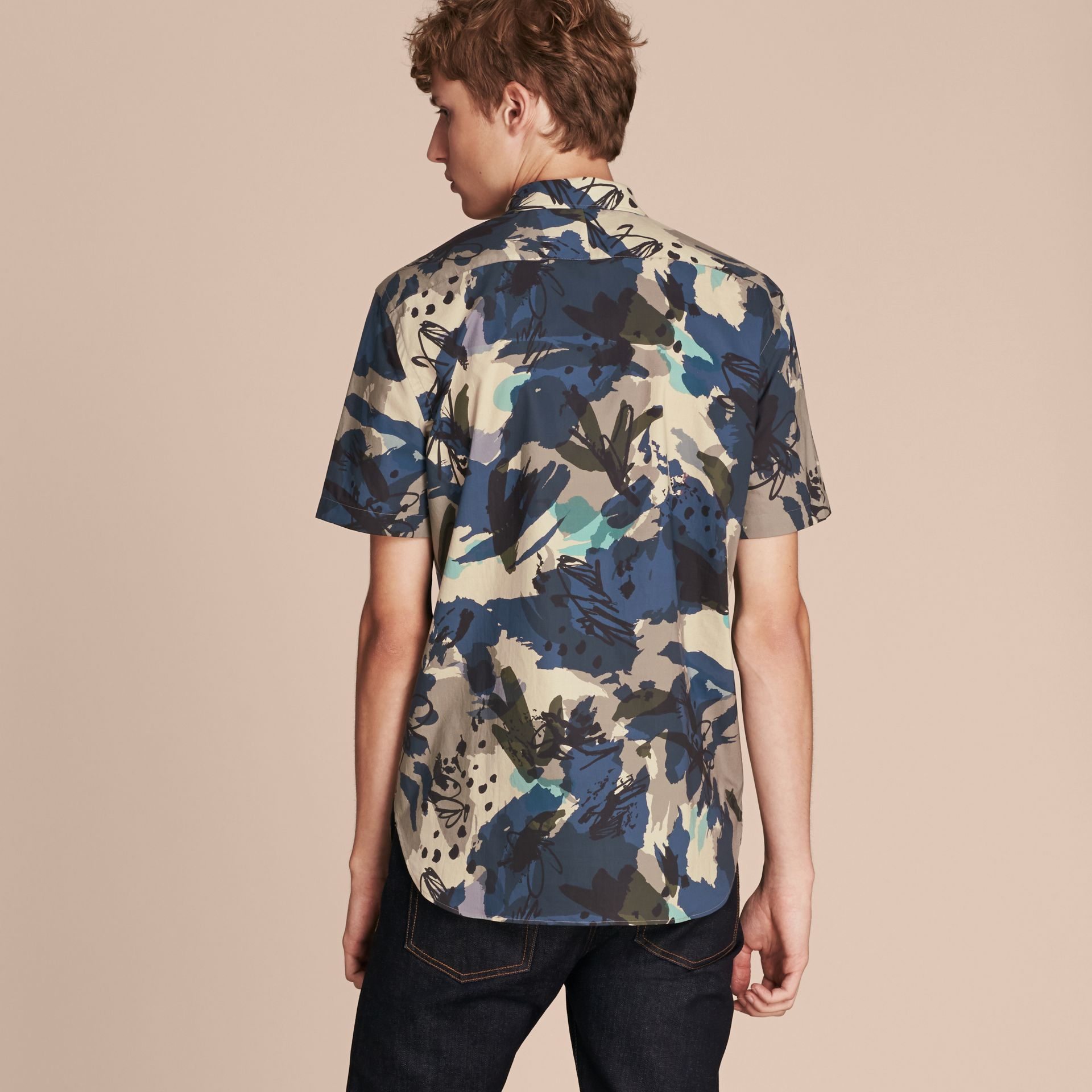 Bright navy Short-sleeved Abstract Print Cotton Poplin Shirt - gallery image 3