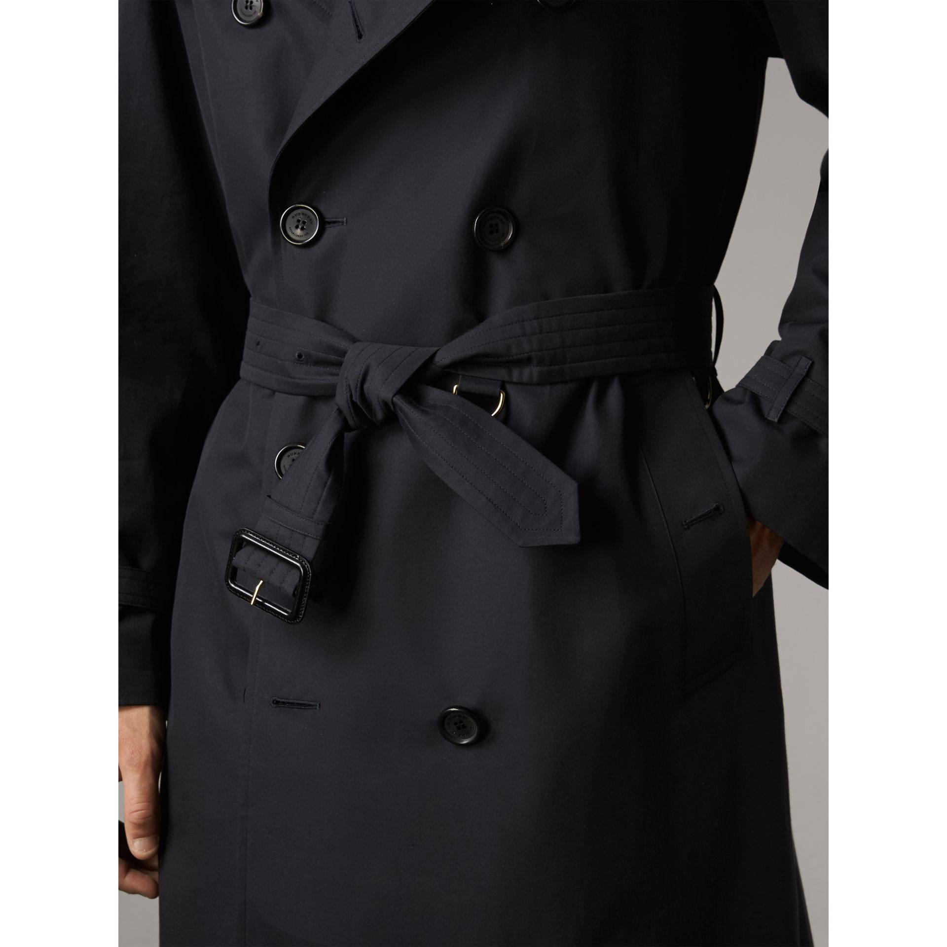 The Westminster – Extra-long Trench Coat in Navy - Men | Burberry Hong Kong - gallery image 5