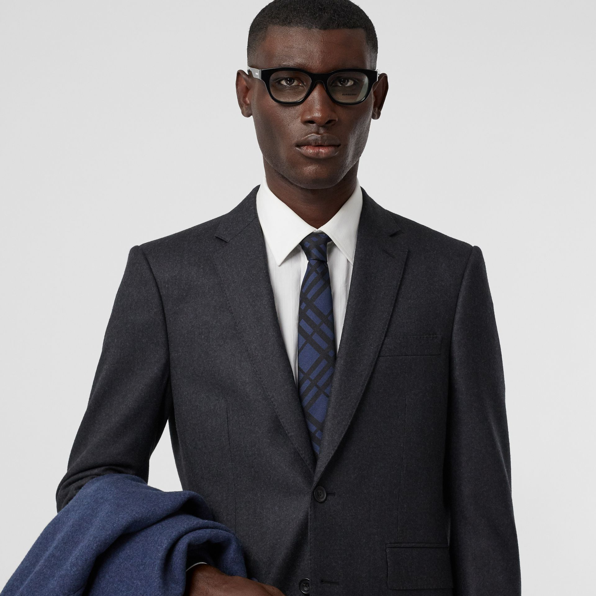 Classic Cut Check Silk Jacquard Tie in Navy - Men | Burberry Canada - gallery image 2