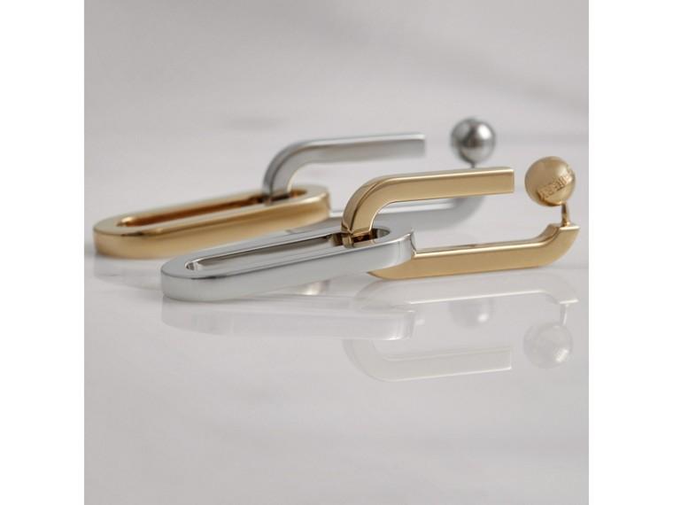 Pendants d'oreilles à maillons plaqués or et palladium (Clair/palladio) - Femme   Burberry Canada - cell image 4