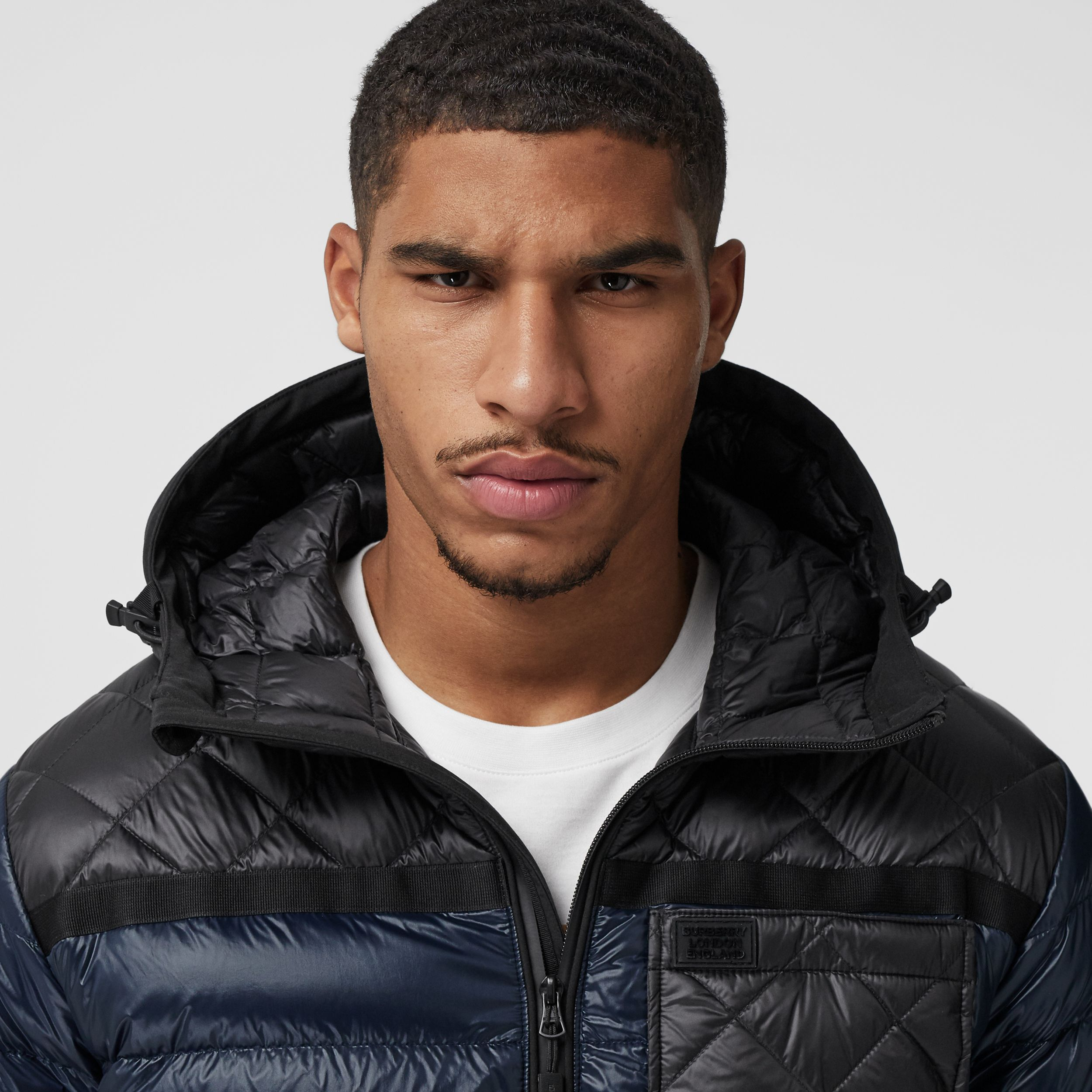 Diamond Quilted Panel Hooded Puffer Jacket in Midnight - Men | Burberry - 2